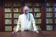Il Presidente Marcenaro nella biblioteca antica